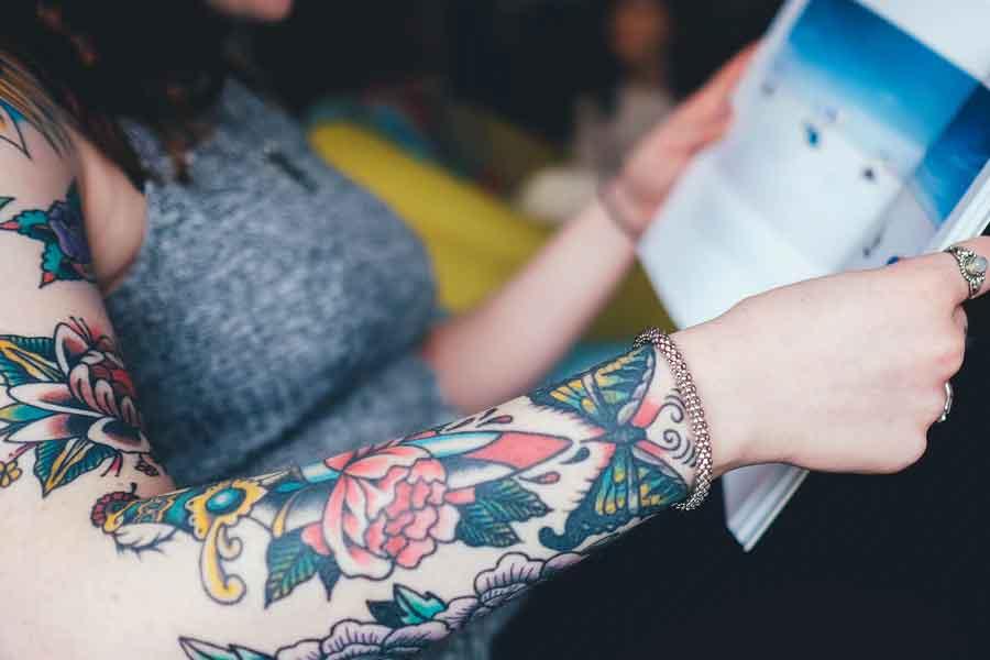 recherche femme tatouée celibataire)